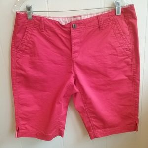 THE NORTH FACE BERMUDA SHORTS.  SIZE 10
